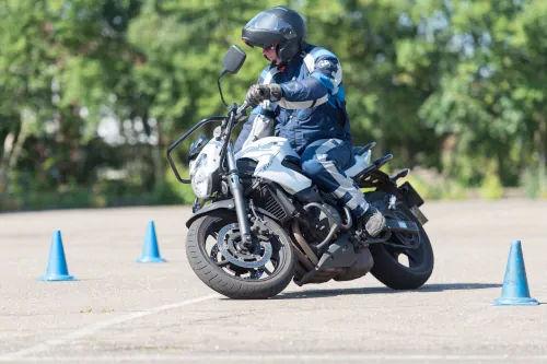 Motorrijbewijspoint Den Haag motor rijtest