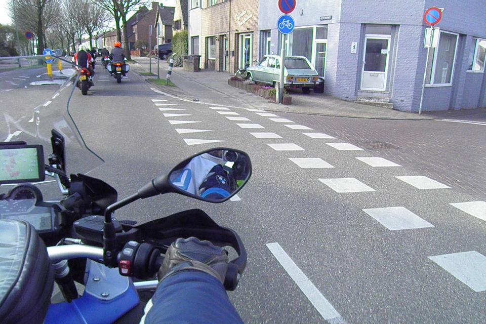 Motorrijbewijspoint Den Haag theorie cursus online